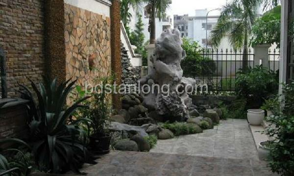 Ciputra villa for rent with 4 bedrooms at D4 (Ref: R05) 2