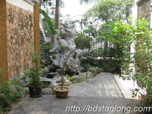 Ciputra villas for rent with 4 bedrooms at D4 (Ref: R93) 11
