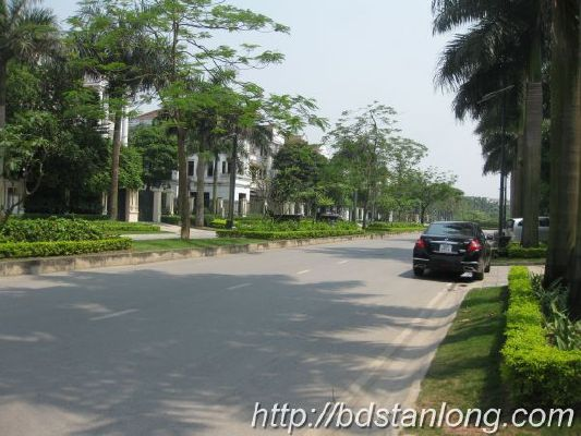 Ciputra villas for rent with 4 bedrooms at D4 (Ref: R93) 12