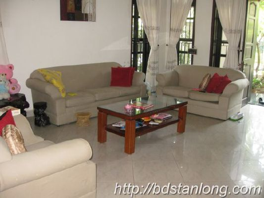 Ciputra villas for rent with 4 bedrooms at D4 (Ref: R93) 4