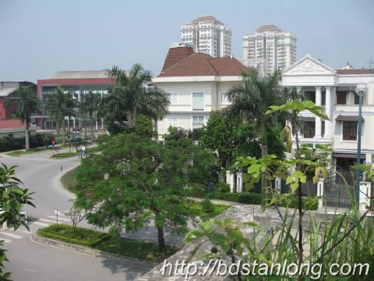 Ciputra villas for rent with 4 bedrooms at D4 (Ref: R93) 5