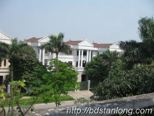 Ciputra villas for rent with 4 bedrooms at D4 (Ref: R93) 6