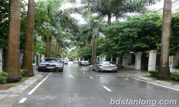Ciputra villa for rent with 4 bedrooms at C5 (Ref: R22)