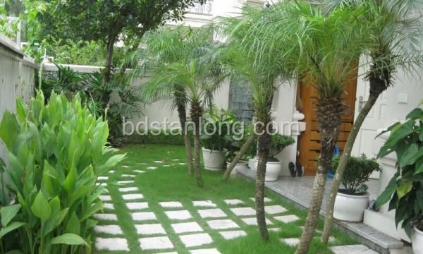Ciputra villa for rent with 5 bedrooms at T3 (Ref: R28)